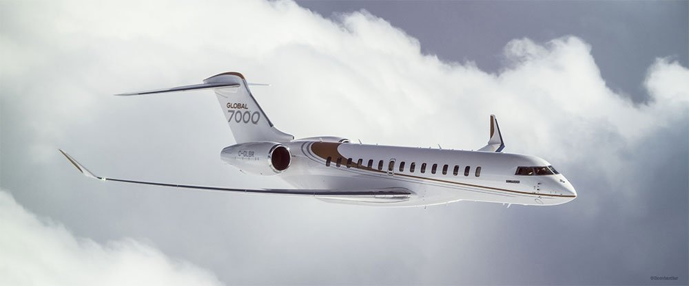 Global 7000 FTV in flight
